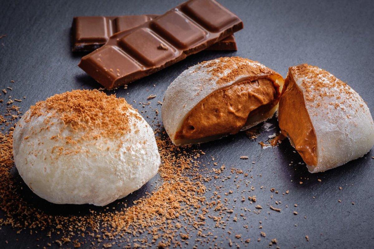 Mochi with Chocolate Parfait
