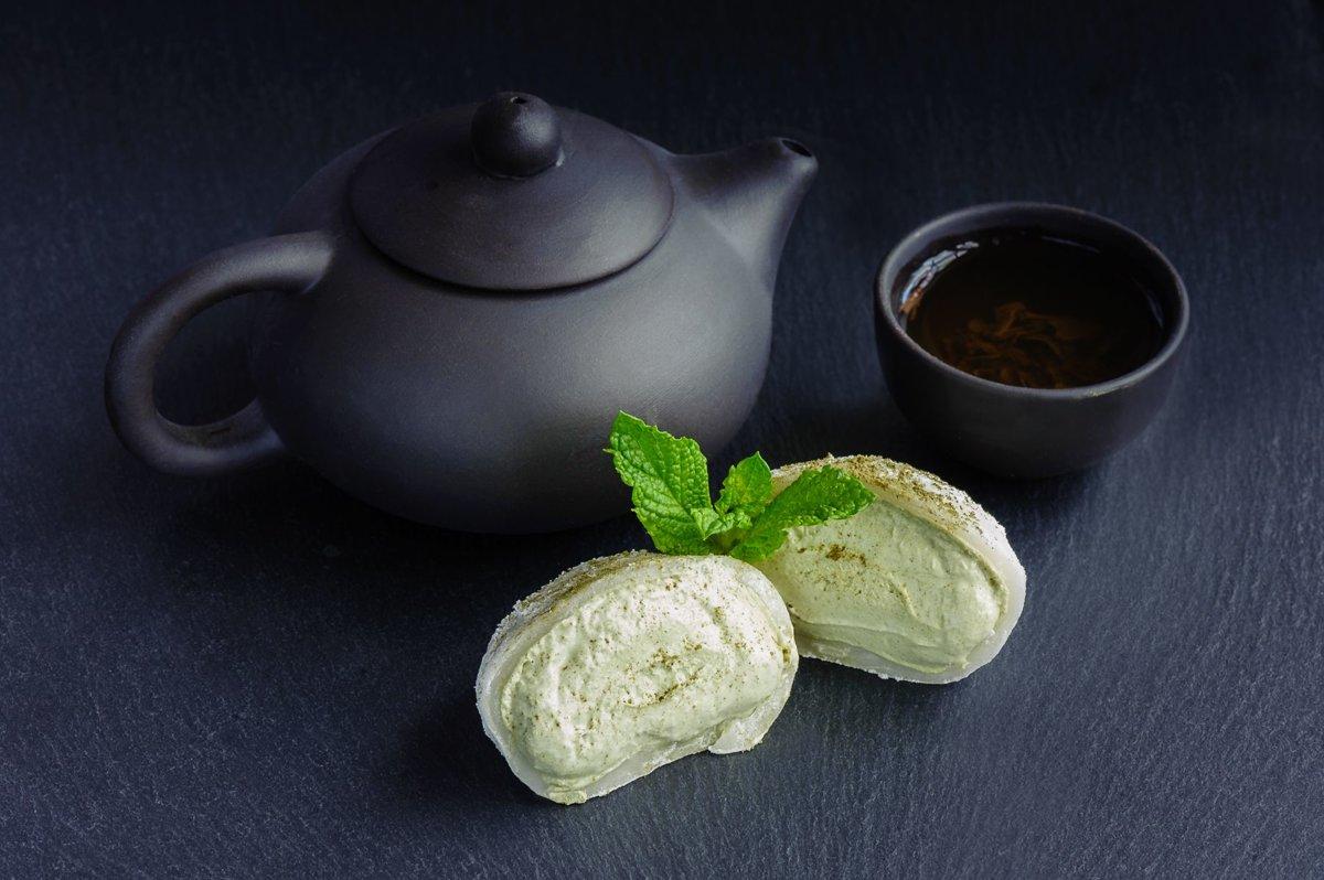Mochi ar zaļãs tējas krēmu