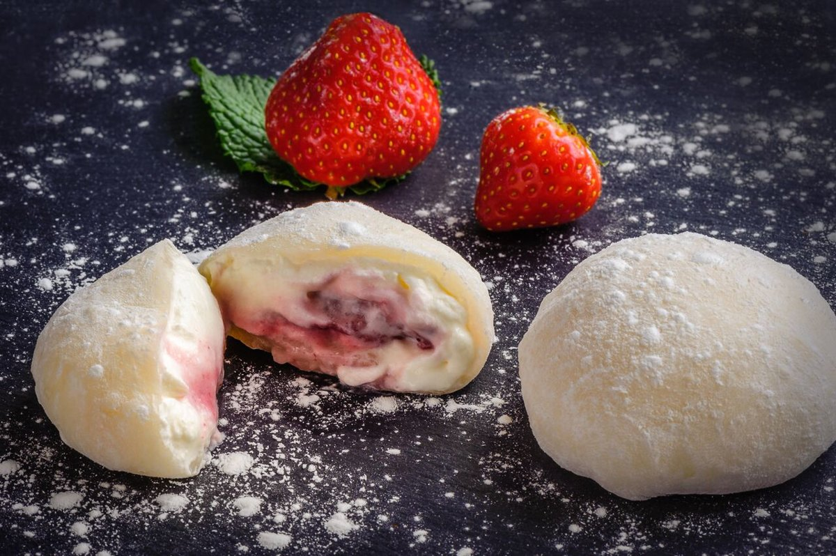 Mochi with Strawberries and Whipped Cream